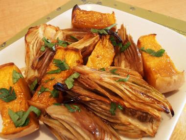 ירקות סתיו בזיגוג דבש ורימונים