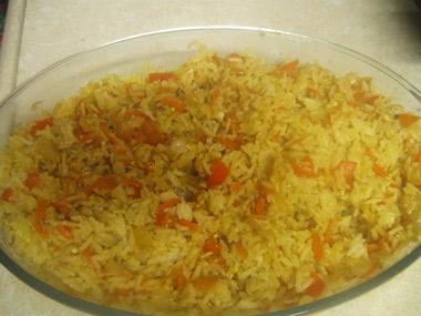 אורז עם מגוון ירקות מוקפצים בווק