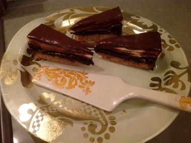 עוגת שכבות קלה ומרשימה