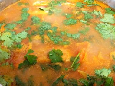 פילה סלמון ברוטב עגבניות פיקנטי