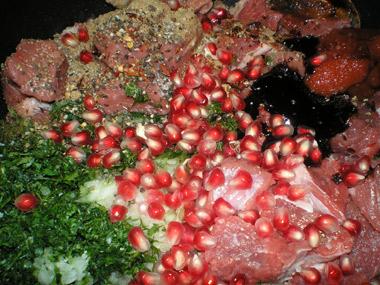 תבשיל בשר בקר חמוץ מתוק