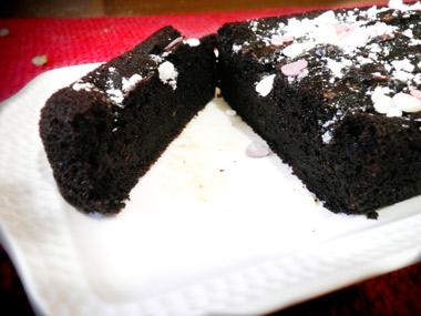 עוגת שוקולד מקמח מלא