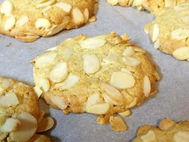 עוגיות שקדים ללא קמח
