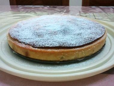 עוגת גבינה עם פירות יבשים