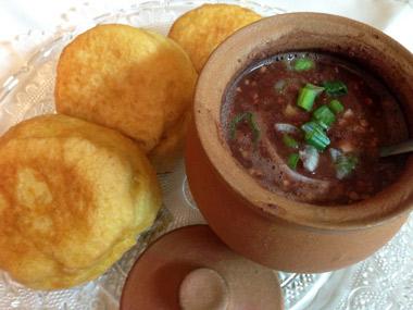 מרק שעועית אדומה צמחוני בנוסח גיאורגי