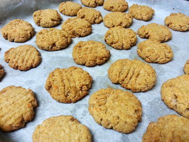 עוגיות עדשים כתומות ללא גלוטן וסוכר