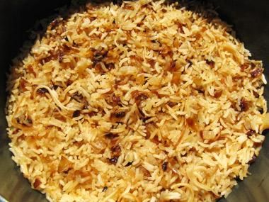 אורז עם בצל ואטריות