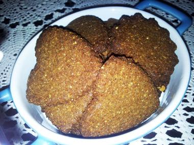 עוגיות שטוחות עם כל טוב ללא גלוטן וסוכר