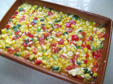 פשטידת תירס וגבינה צבעונית