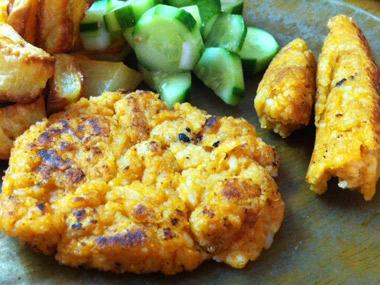 נקניקיות צמחוניות מאורז ושעועית לבנה
