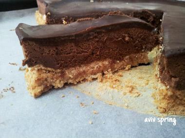 עוגת שכבות קוקוס ושוקולד