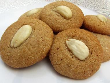 עוגיות שקדים טבעוניות