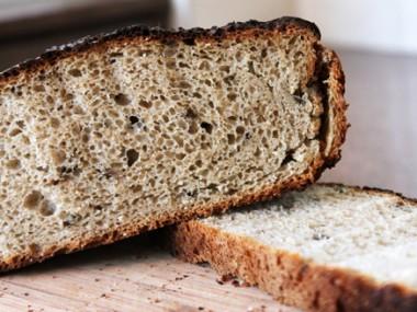 לחם כפרי עם פטריות שיטאקי