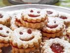 עוגיות חמאה במילוי ריבת תות