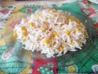 אורז לבן עם גרעיני תירס