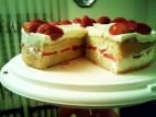 עוגת שכבות תותים