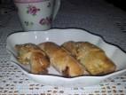 סהרונים ללא גלוטן במילוי אגוזים