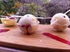 כדור אטלס במילוי מוס גבינה ופירות יער