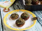 פטריות ממולאות בפטריות, פטרוזיליה ופרמזן