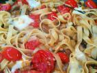 פסטה עם פטריות ועגבניות