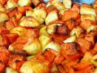 קוביות תפוחי אדמה, בטטה ודלעת בתנור