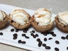 קעריות בטעם קפה במילוי גלידה