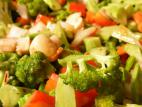מוקפץ ירקות בסויה, צ`ילי ושום