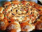 פיצה פטריות עם לחמניות תלישה ממולאות במוצרלה