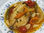 פילה אמנון ברוטב ירקות, מלח ופלפל שחור