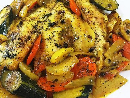 פילה אמנון עם ירקות ברוטב קארי