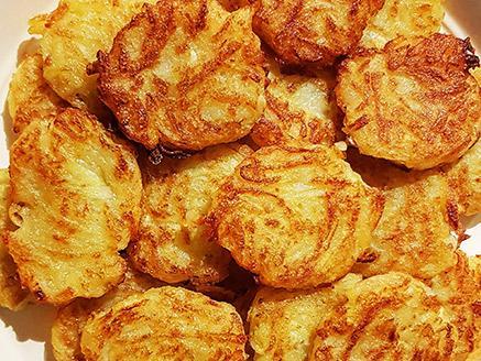 לביבות תפוחי אדמה מטוגנות שילדים אוהבים