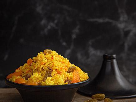 אורז עם גזר ופירות יבשים
