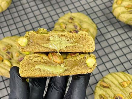 עוגיות פיסטוק ושוקולד לבן