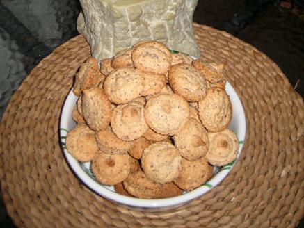 עוגיות שקדים אפויות
