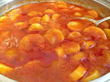 קישואים ברוטב עגבניות