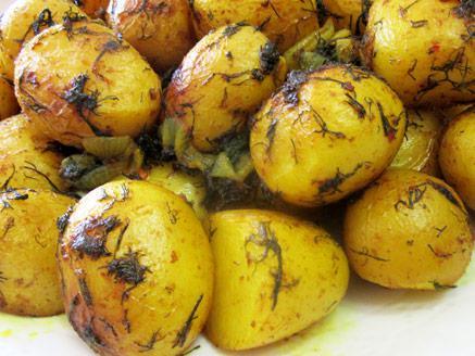 תפוחי אדמה גמדיים אפויים בתנור