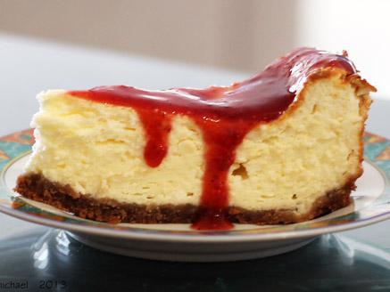 עוגת גבינה ומרקחת תותים