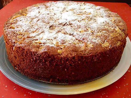 עוגת דבש ואגוזים