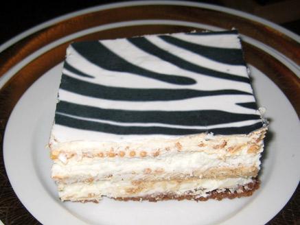 עוגת ביסקוויטים זברה