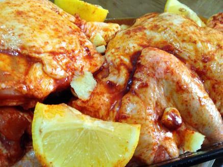 עוף בלימון אפוי בתנור