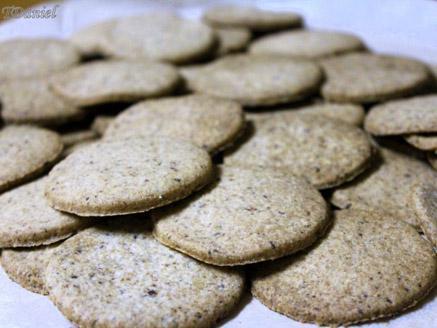 עוגיות ללא גלוטן עם שוקולד מריר מגורר