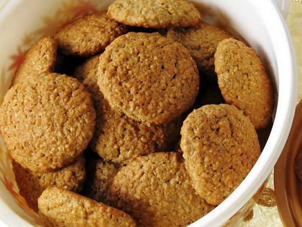עוגיות שיבולת שועל ואגוזים