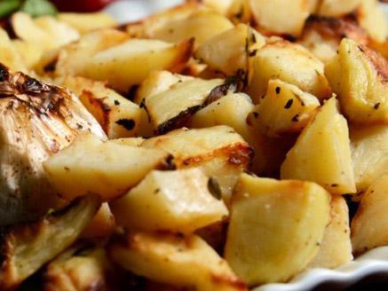 תפוחי אדמה בתנור עם עשבי תיבול