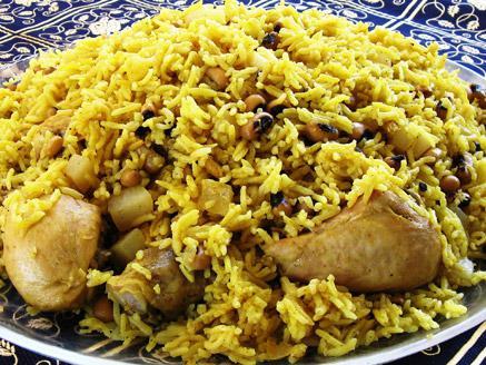 תבשיל אורז עם שעועית ועוף