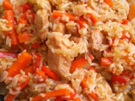 חזה עוף מוקפץ עם אורז וירקות
