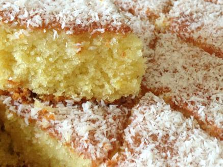 עוגת סולת תפוזים וקוקוס