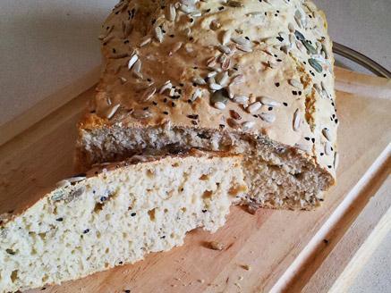 לחם בירה לבנה פשוט וקל