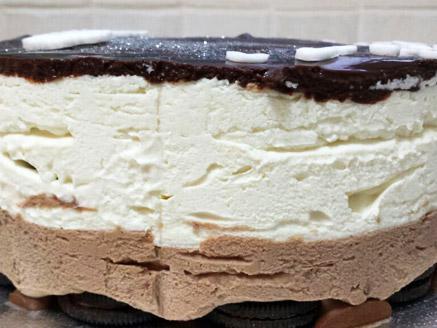 עוגת מוס שוקולד שכבות