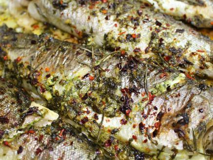 דג פורל שלם בתנור
