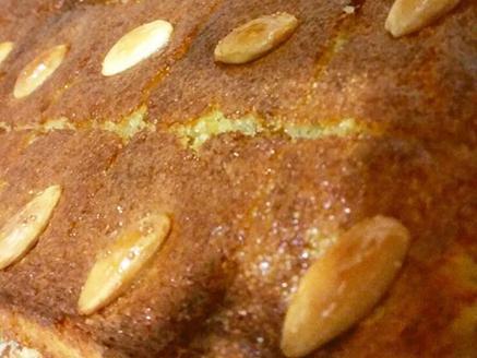 עוגת סולת בסבוסה אוורירית